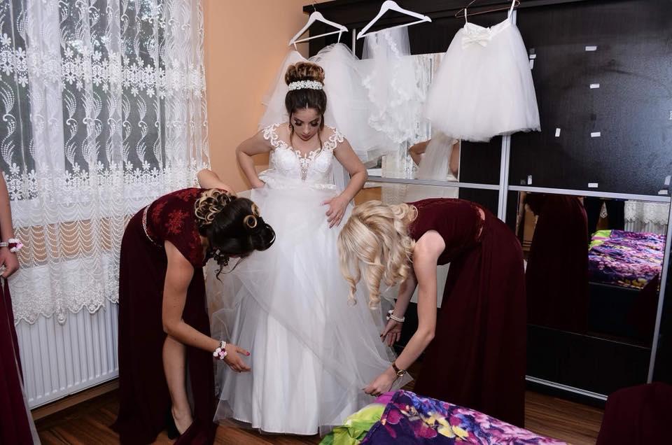 ancuta adora rochia de mireasa 5 in 1 (2)