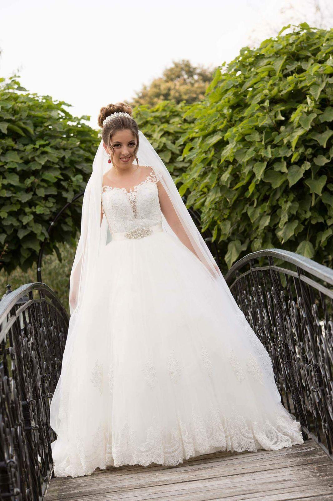 ancuta adora rochia de mireasa 5 in 1 (22)