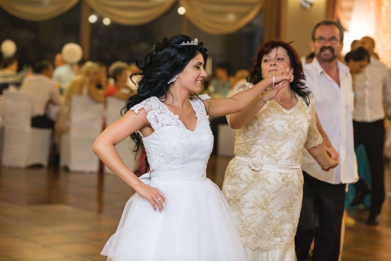 bianca rochia de mireasa aura (43)